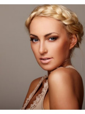 Airbrush Makeup Service In Miami