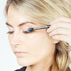 10 Life-Changing Makeup Hacks EVERY Woman Should Know