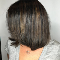 short haircut with highlights