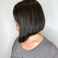 natural color modern bob