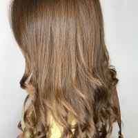 natural brown hair color and style