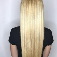 long straight highlighted blonde hair